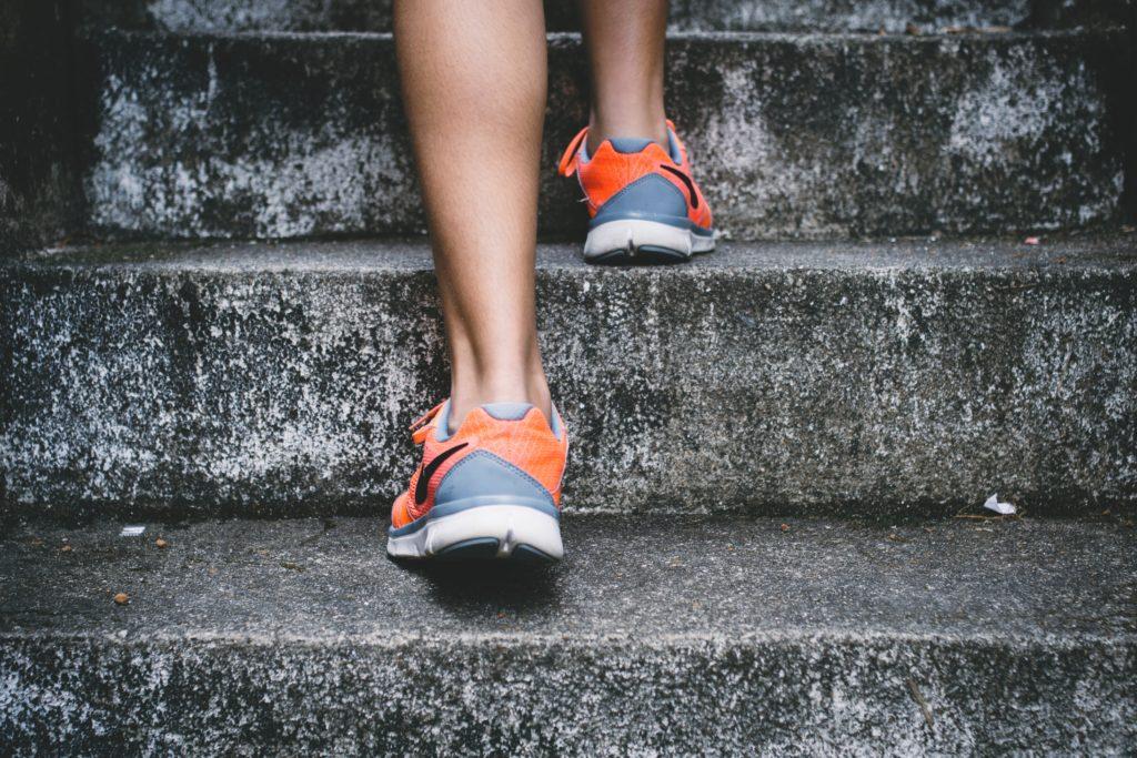 Ga vooruit op trap